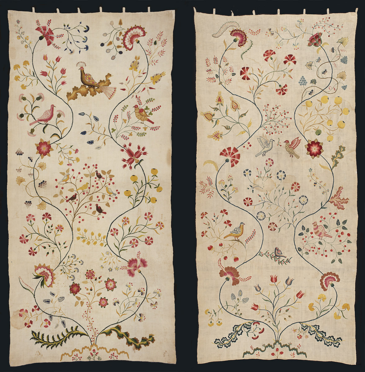 1957.0044.001 B and .001 A Bed hangings, Bed curtains