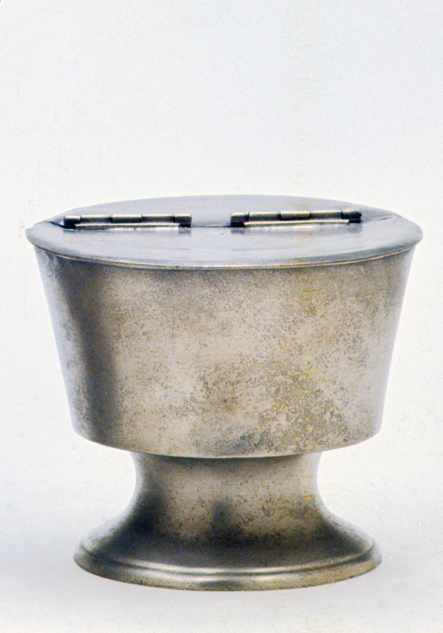 Metals - Bowl and cover