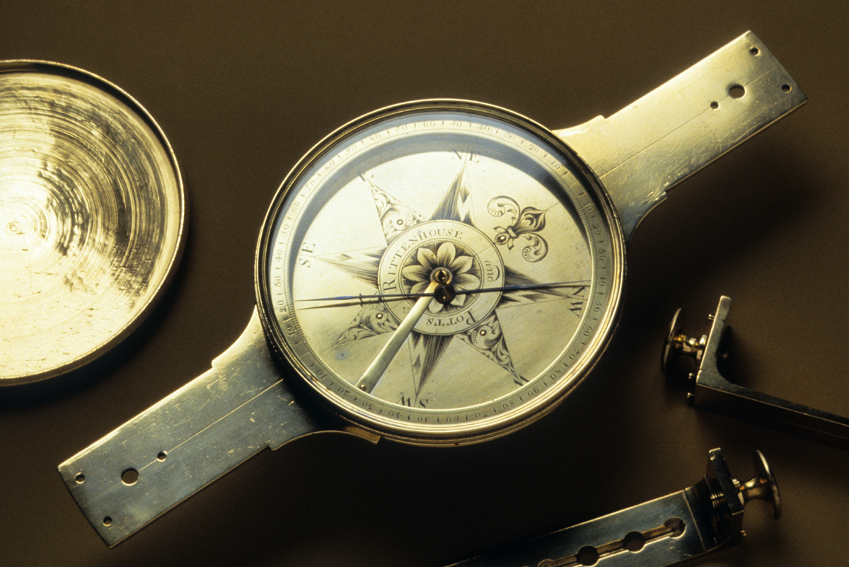 Clocks, Watches, and Scientific Instruments - Plain compass sight