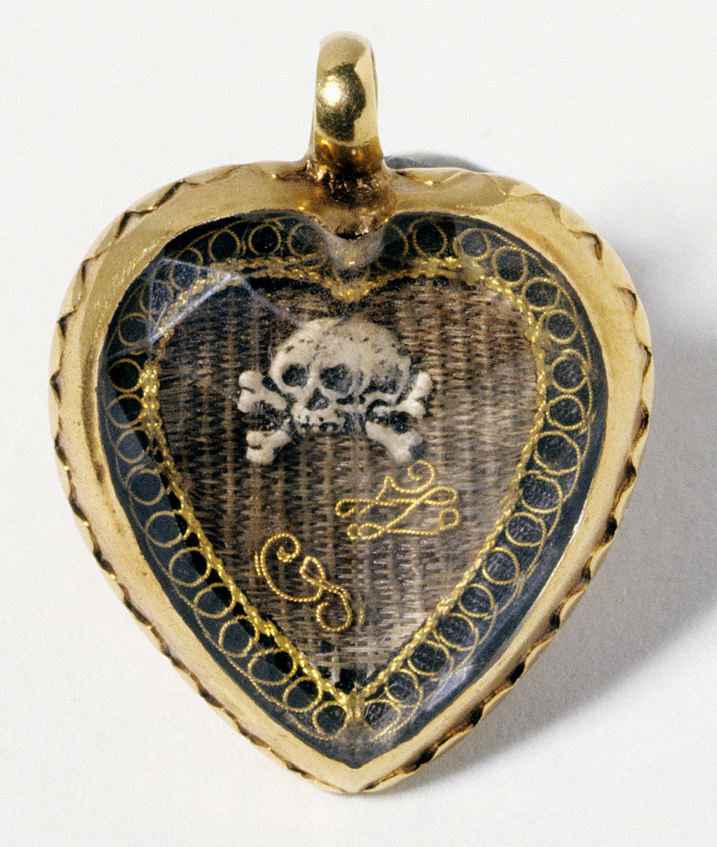 2000.0043 Mourning Locket