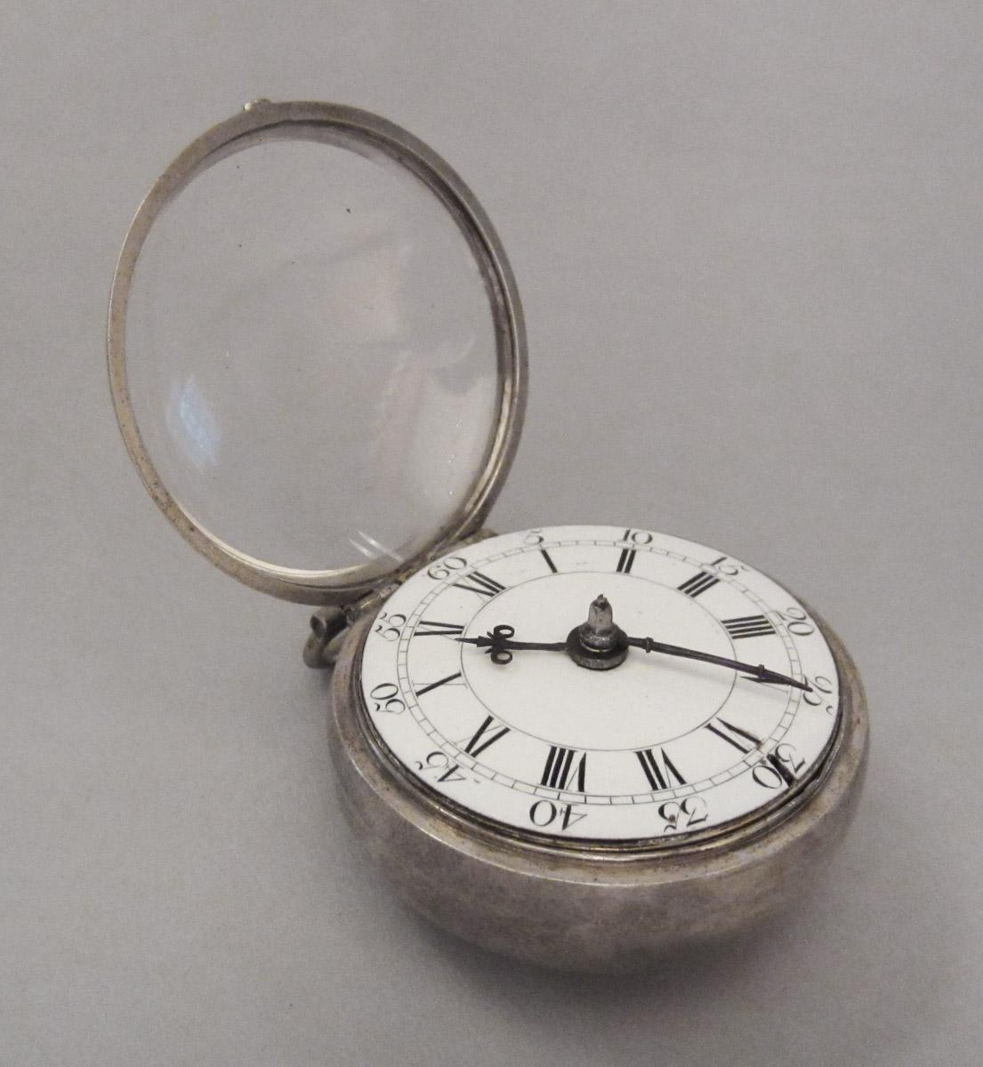 1956.0029.001 B, C Watch case, view 1