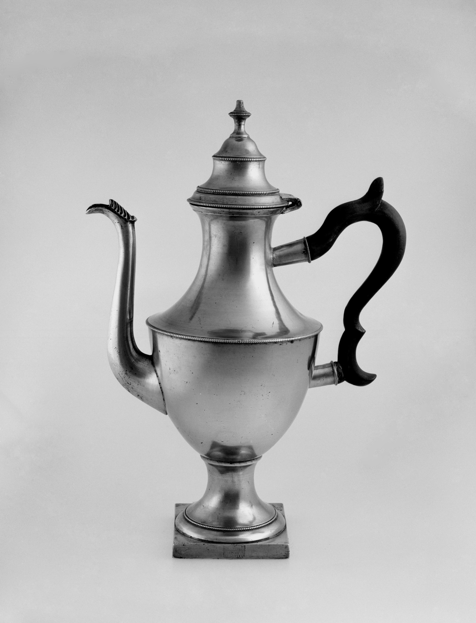 1954.0033 Pewter coffee pot