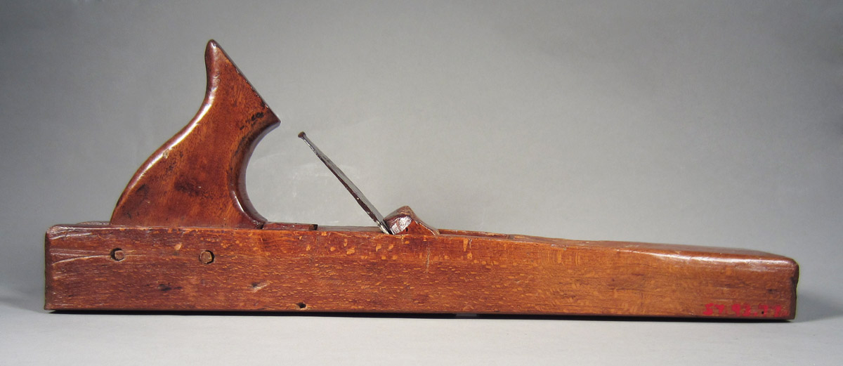 1957.0093.077 A-C Fore plane, overall side 1