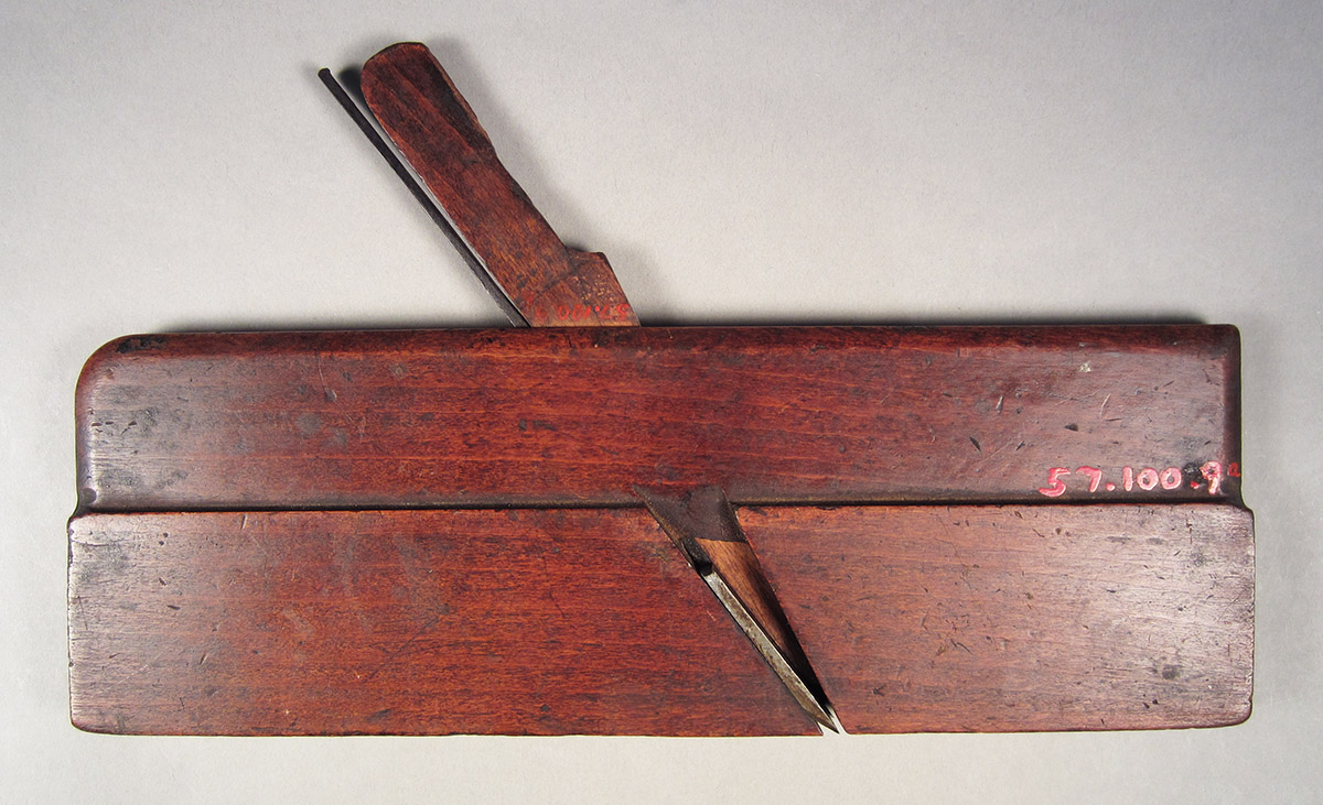 1957.0100.009 A-C, Bead plane, overall side 1