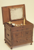 Chest of drawers - D...