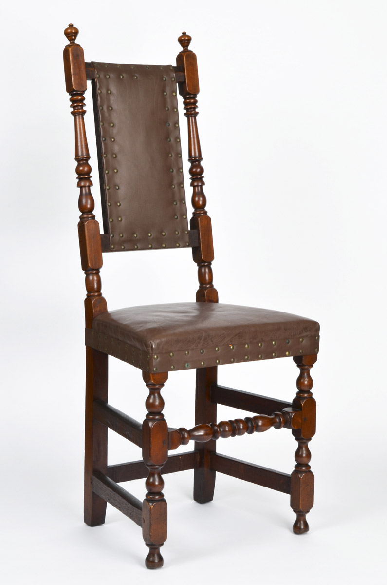 1954.0548 Chair, view 1