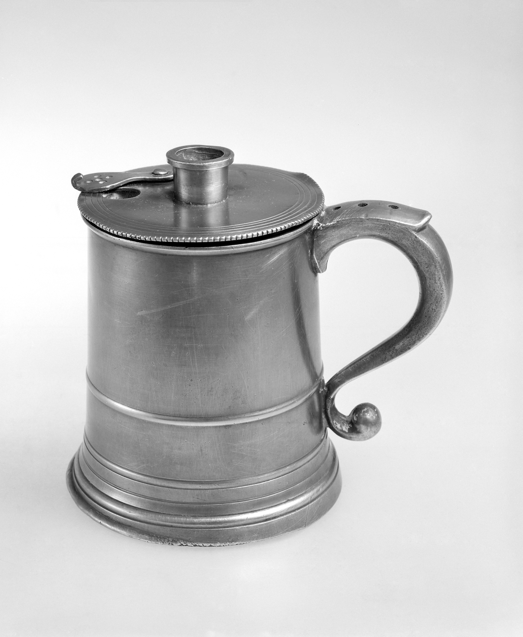 1965.1538 A, B Pewter infusion pot