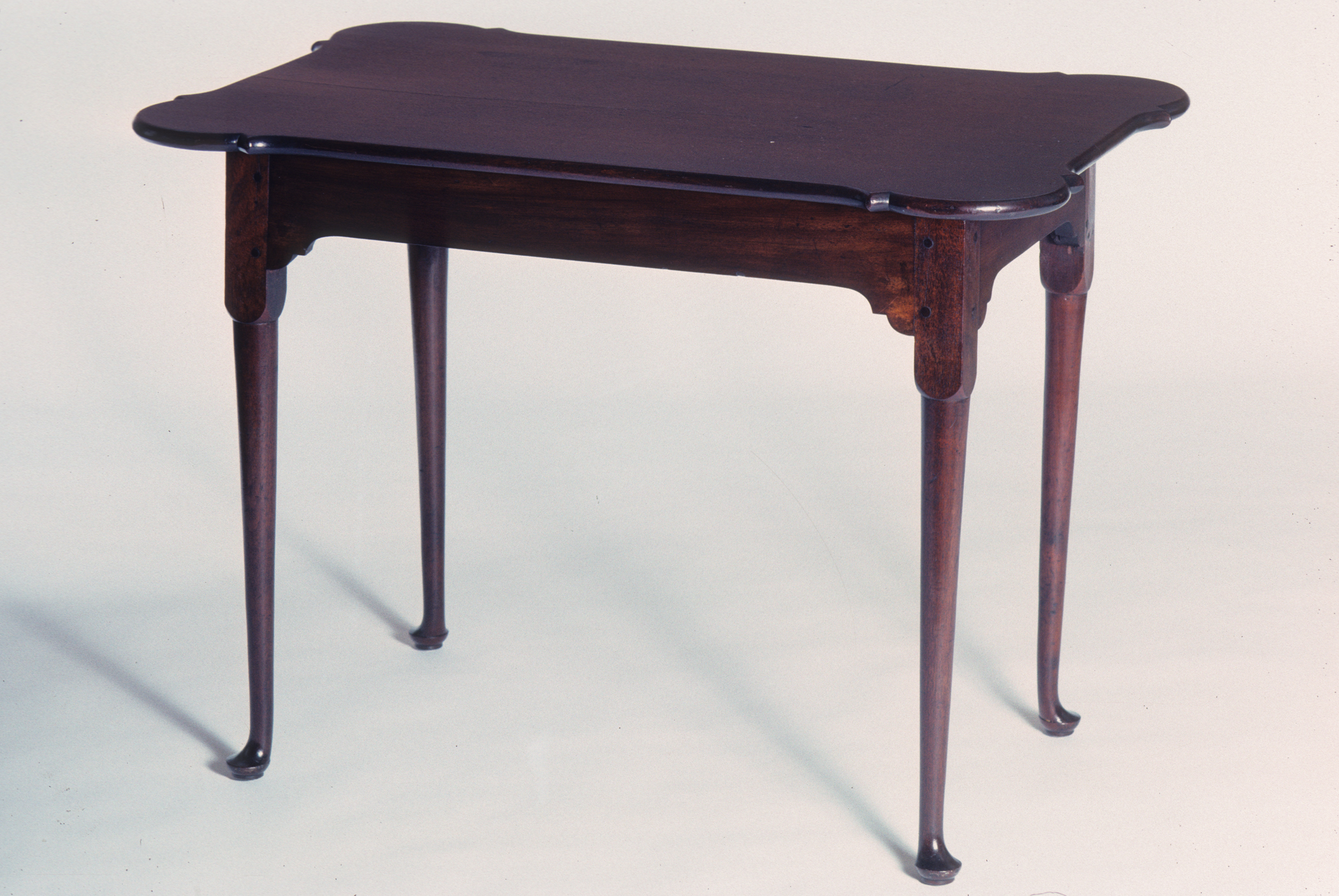 1964.1072 Table, view 1