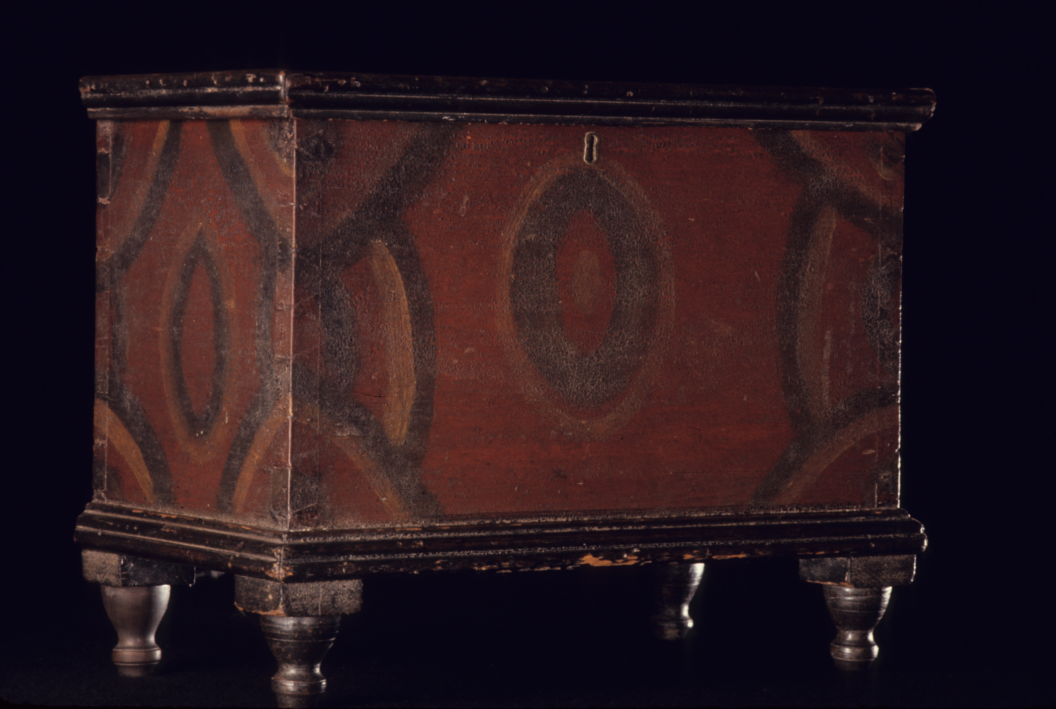 1964.1920 chest, view 1