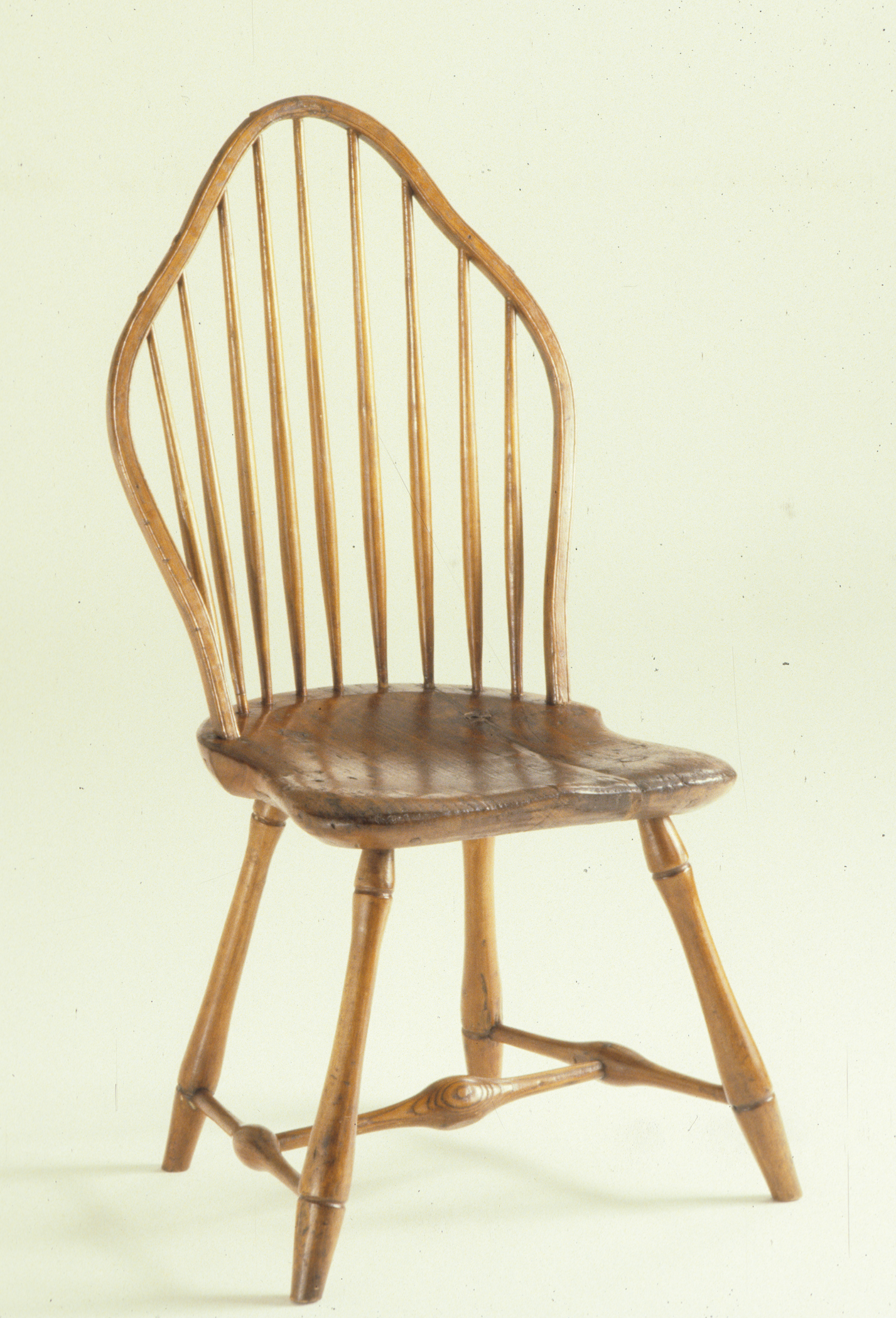 1964.1922 windsor side chair, view 1