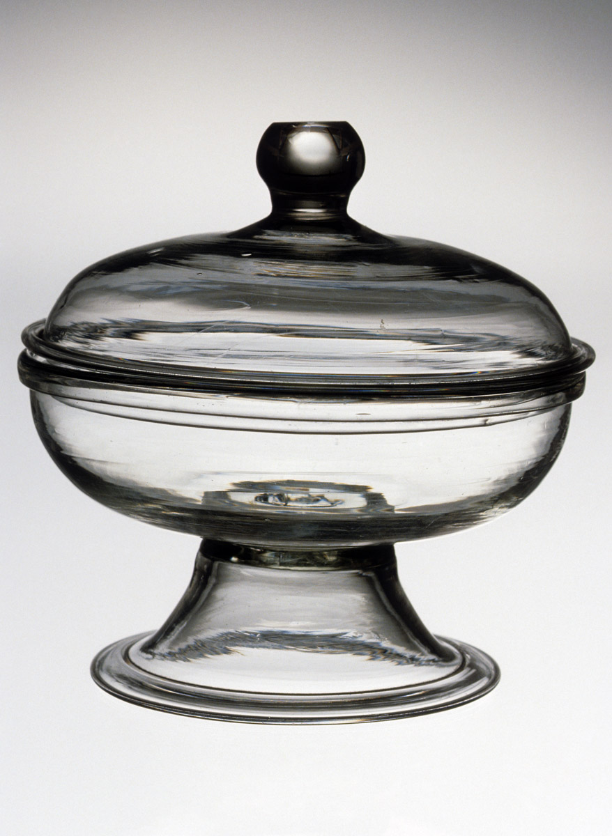 1957.0018.022 A, B Lead glass covered bowl
