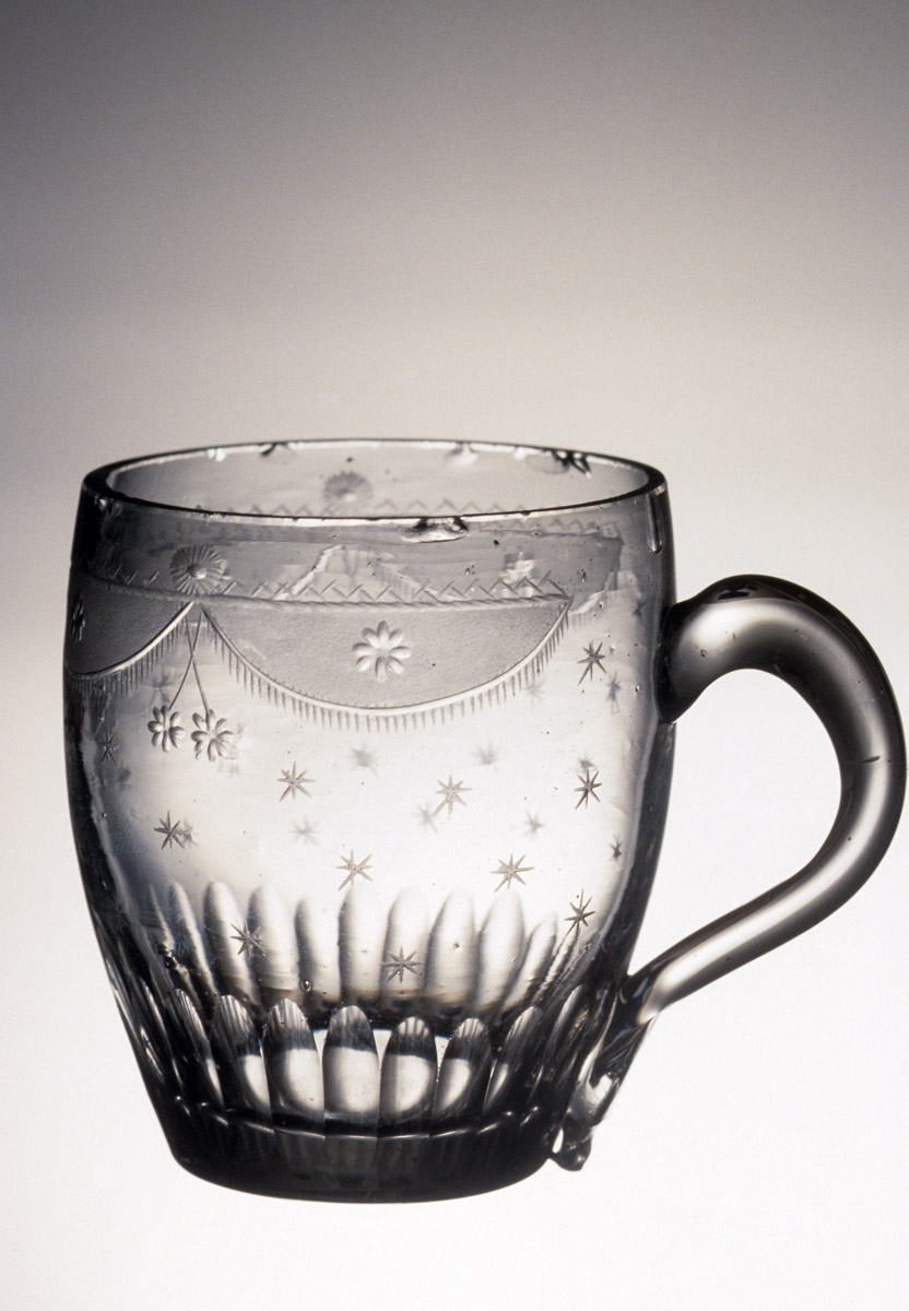 1957.0018.042 Nonlead glass mug