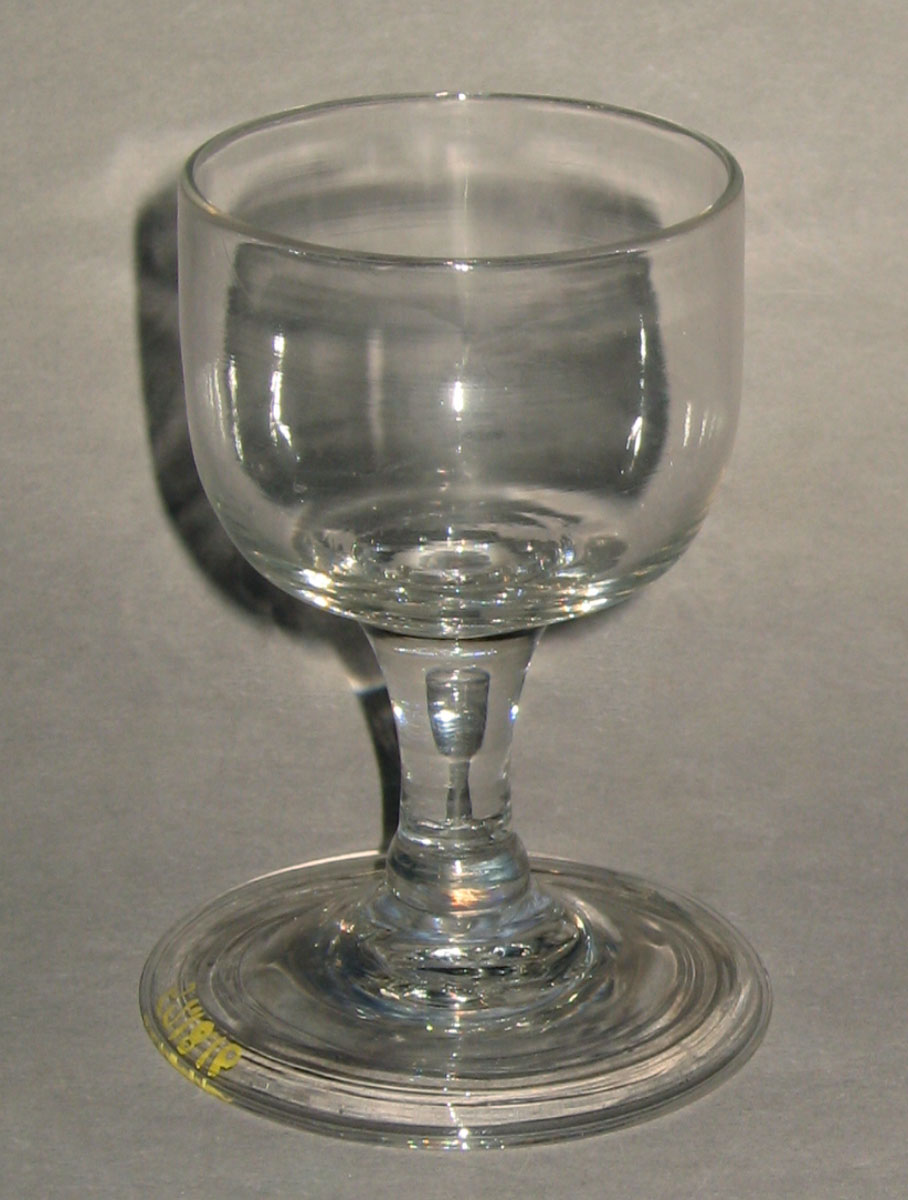 1957.0018.016 Glass wineglass