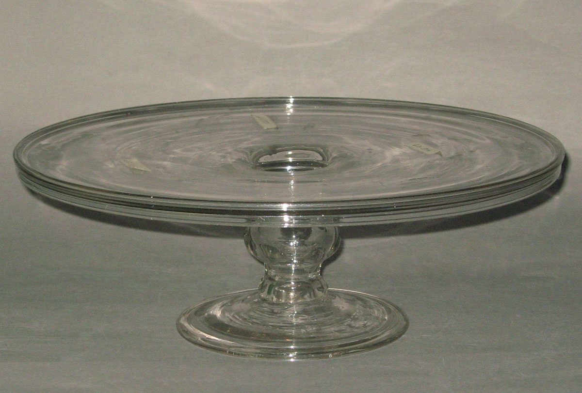 1957.0018.023 Glass salver