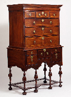 Chest of drawers - H...