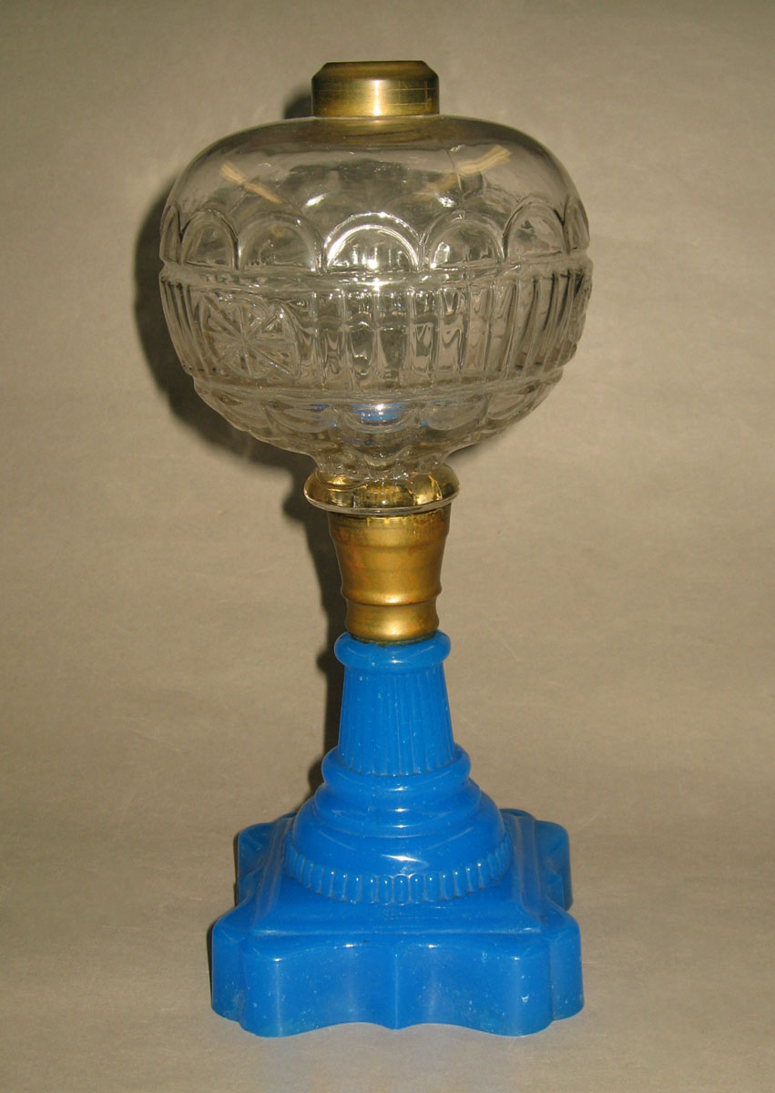 1957.0128.007 Pressed glass oil lamp