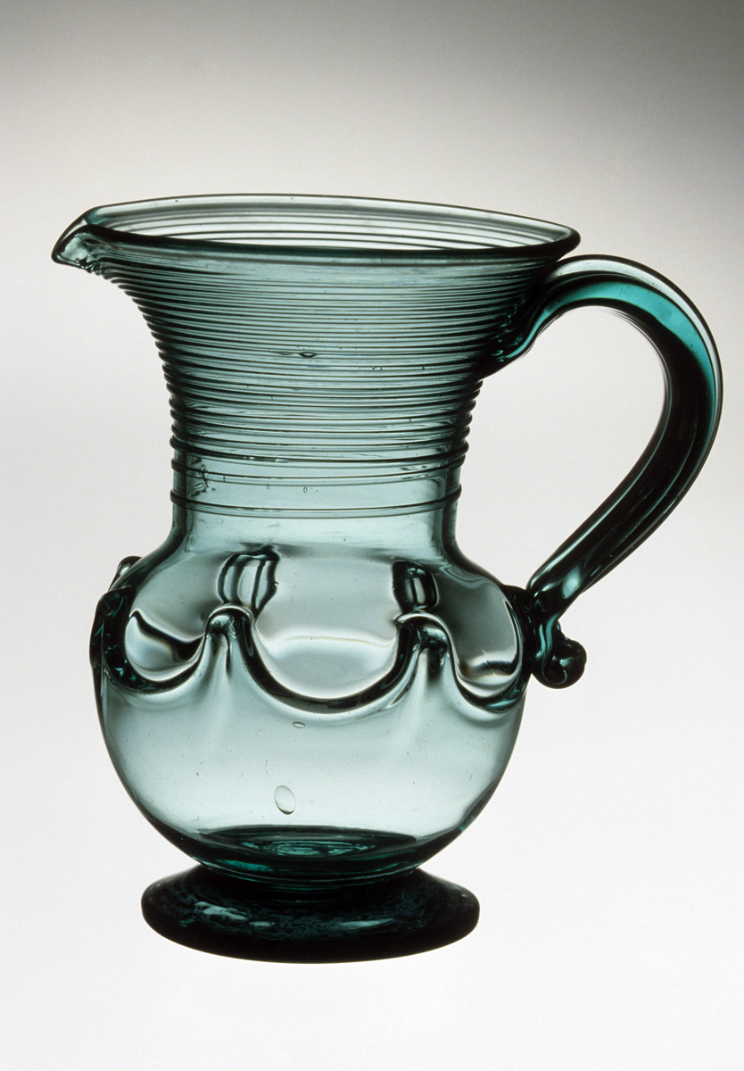 1956.0102 Glass jug
