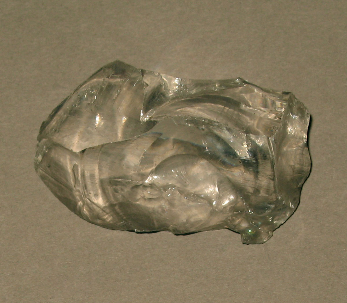 1958.0002.006.010 Glass fragment