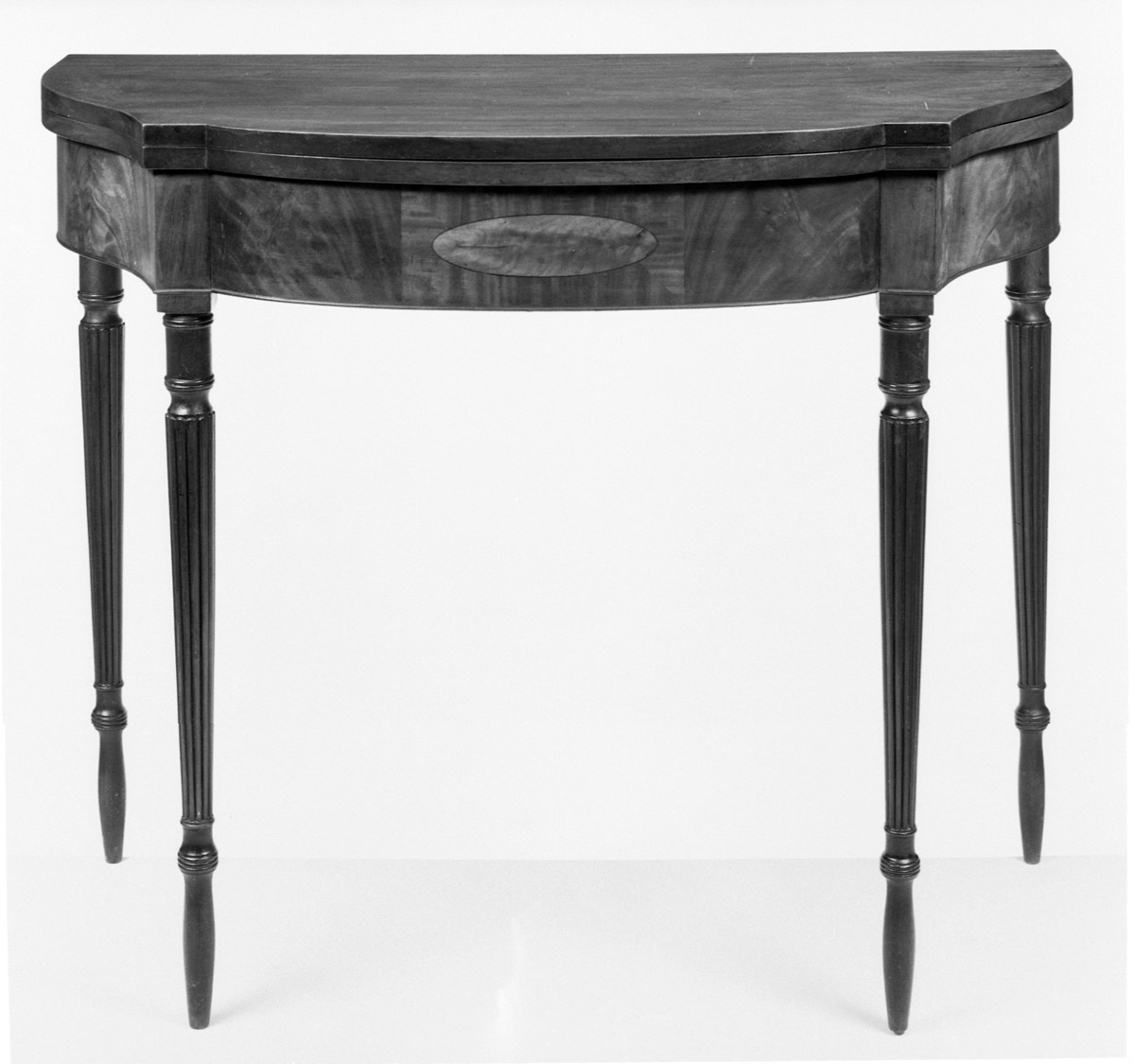 1957.0860 Table, Card table