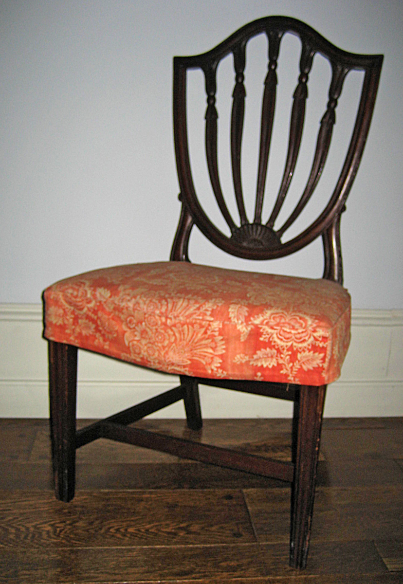 1957.0992 chair with slip cover 1969.5518 view 1
