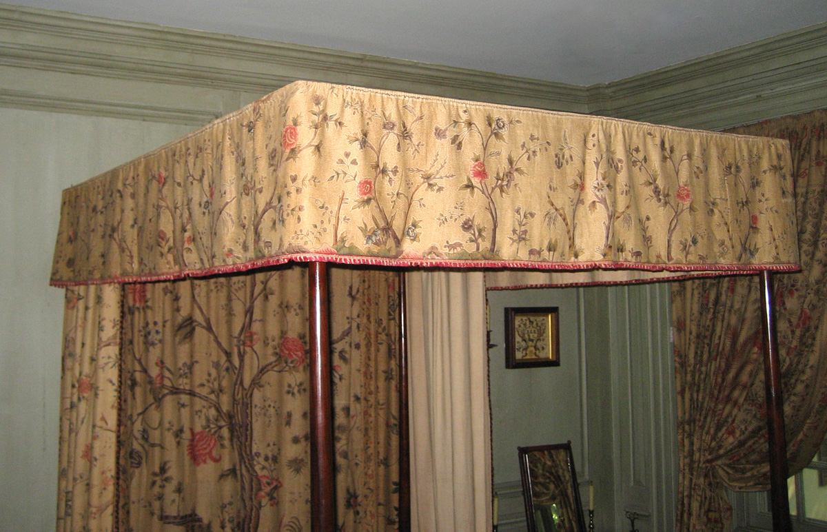 1952.0356.003 Bed hanging, valance