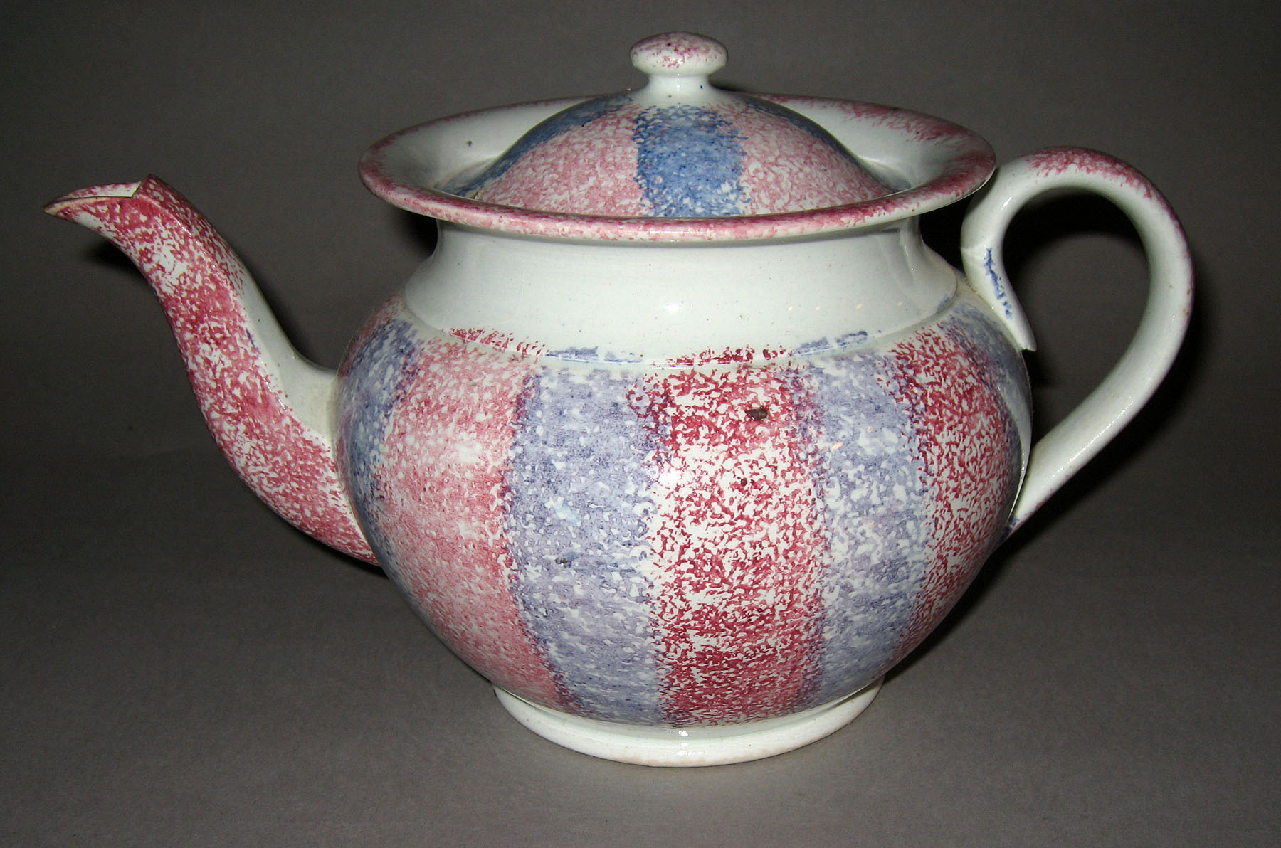 1965.0760 A, B Striped spatterware teapot