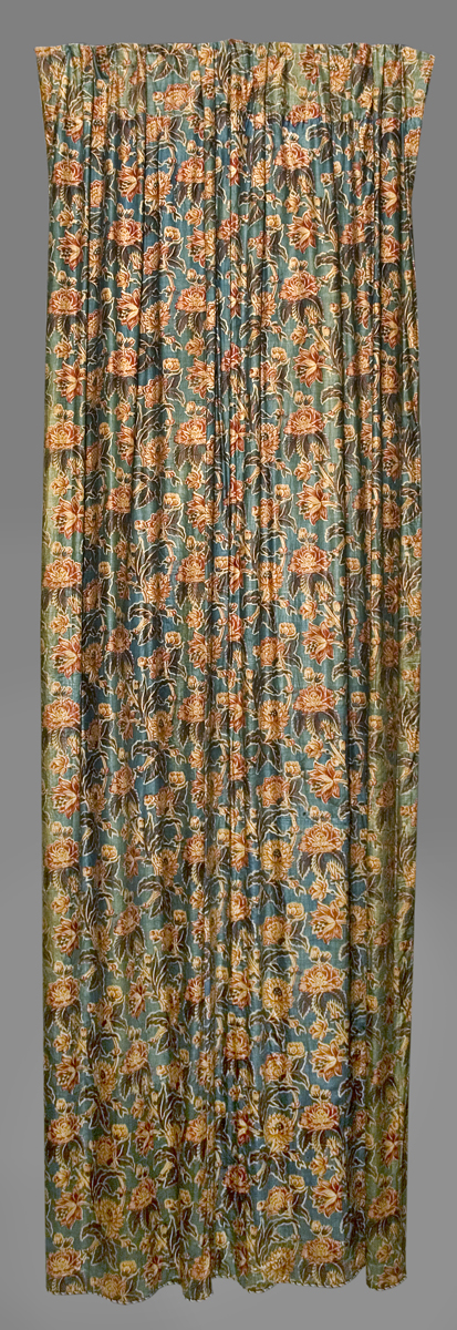 1952.0349 A Window Hanging, Side Curtain