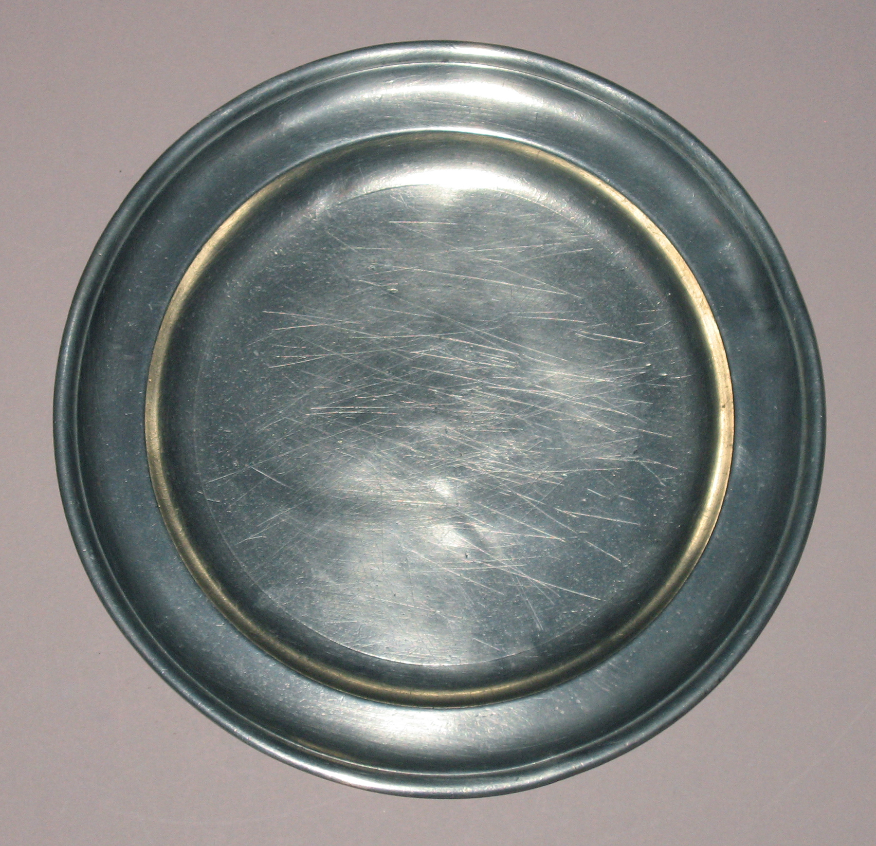 1953.0155.012 Pewter plate