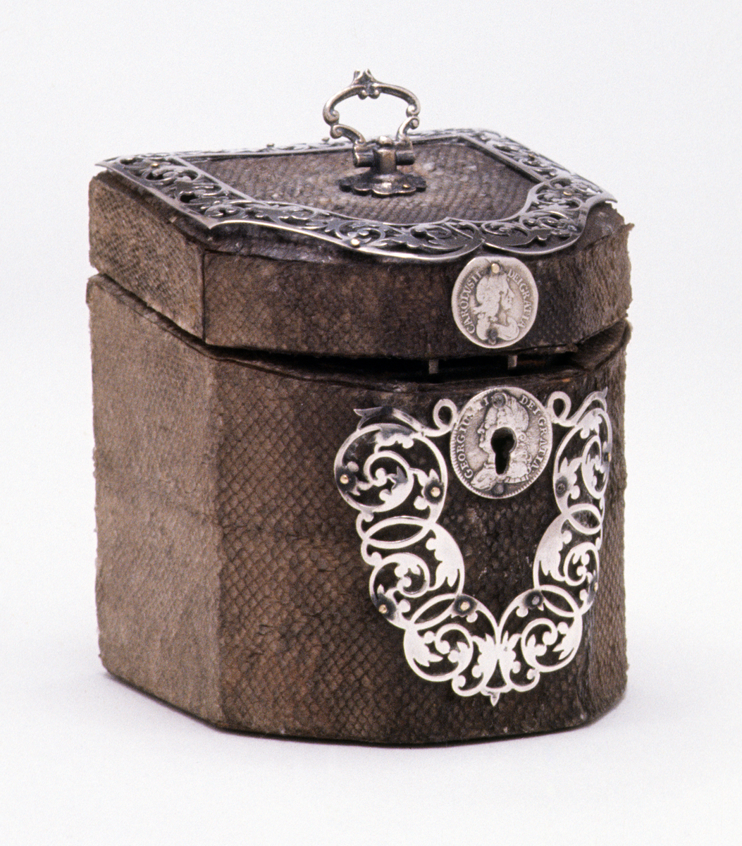 1961.1336 Tea Caddy